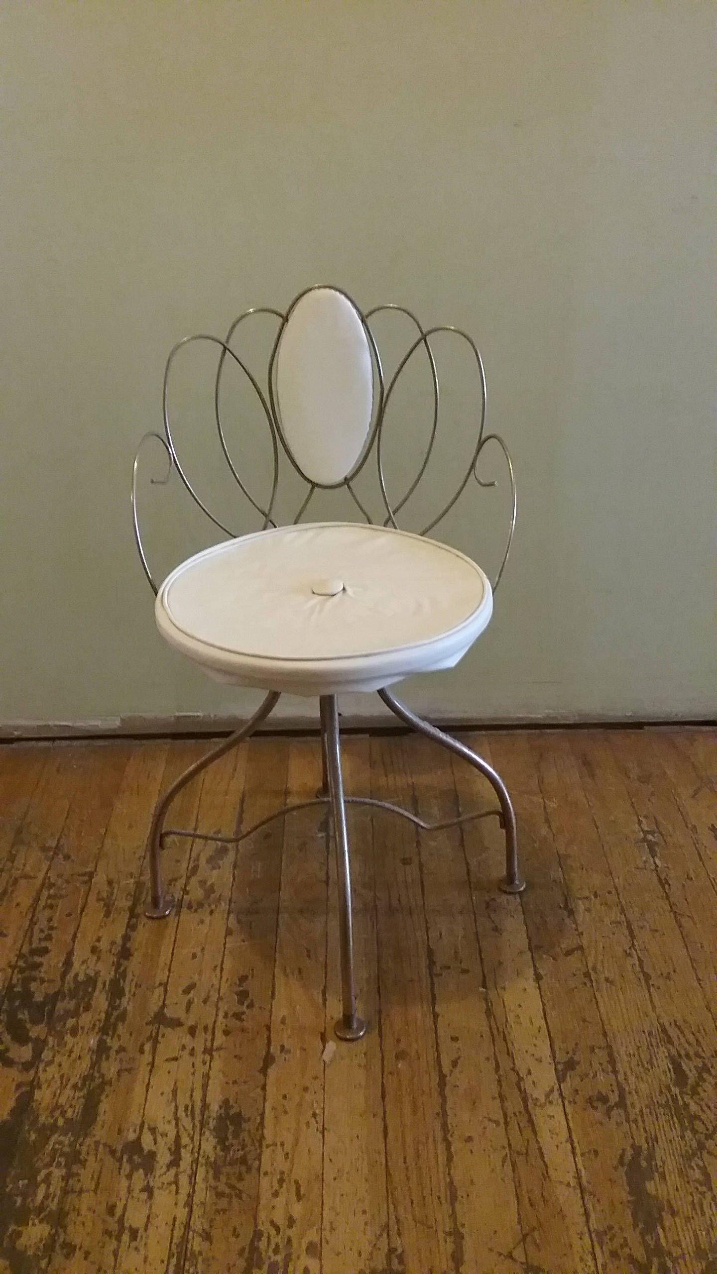 Vintage Vanity Chair, Lakewood Chicago Vintage Metal Chair, Fancy Regarding Famous Spin Rotating Coffee Tables (Gallery 12 of 20)