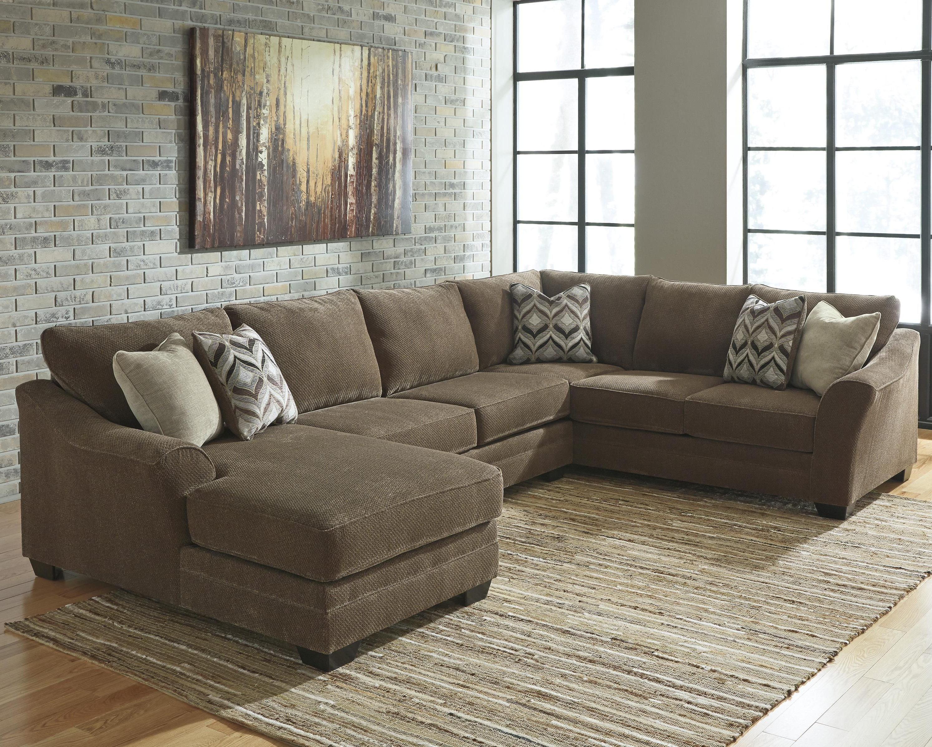Well Known Justyna Contemporary 3 Piece Sectional With Right Chaise Within Haven Blue Steel 3 Piece Sectionals (View 18 of 20)