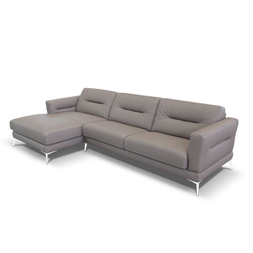 Well Known Living Room Sofas And Sectionals (View 18 of 20)