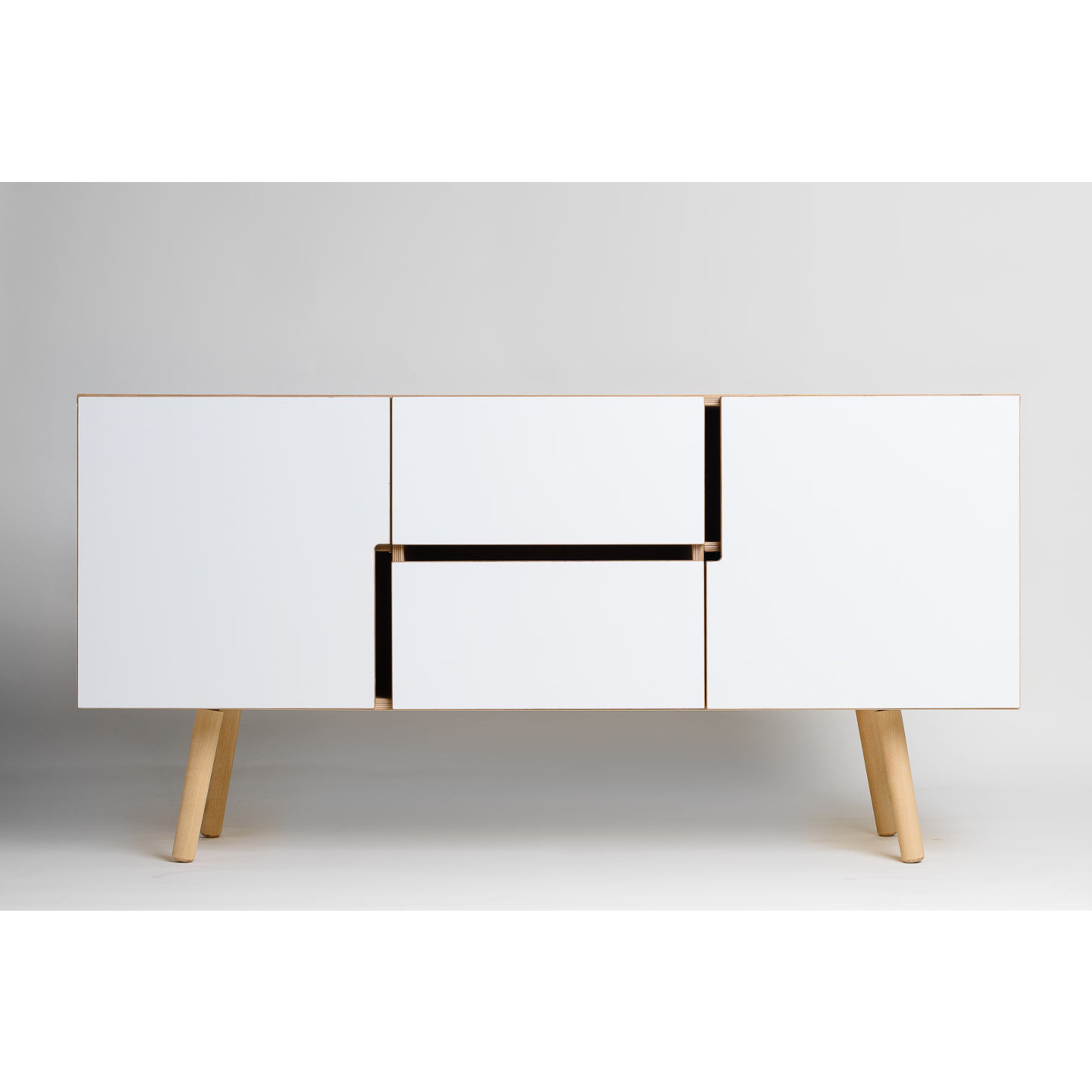 Well Liked Oil Pale Finish 3 Door Sideboards For Decovry, Exclusive Home Decoration (View 9 of 20)