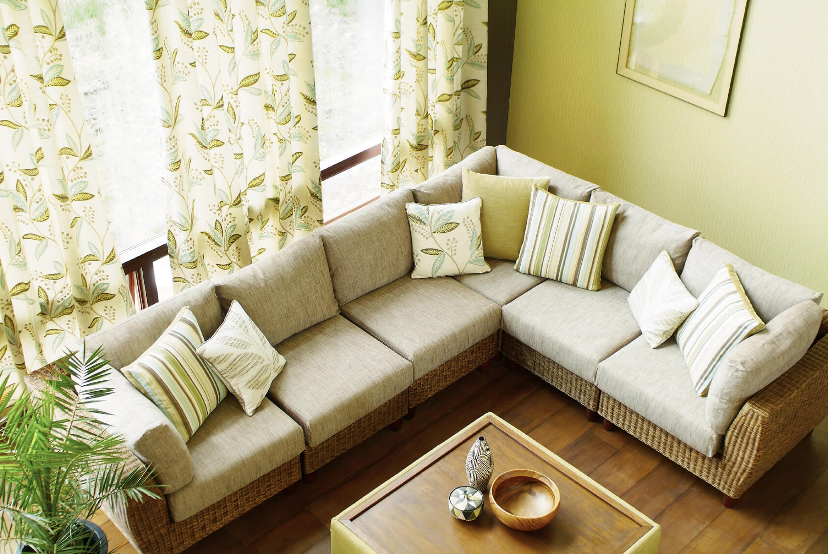 2018 Living Room Sofas And Chairs In 22 Marvelous Living Room Furniture Ideas (definitive Guide To (View 6 of 20)