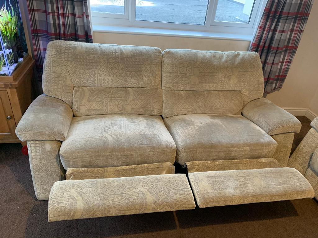 2019 Devon Ii Arm Sofa Chairs For Large Reclining 2 Seater Sofa And 2 Arm Chairs (View 2 of 20)