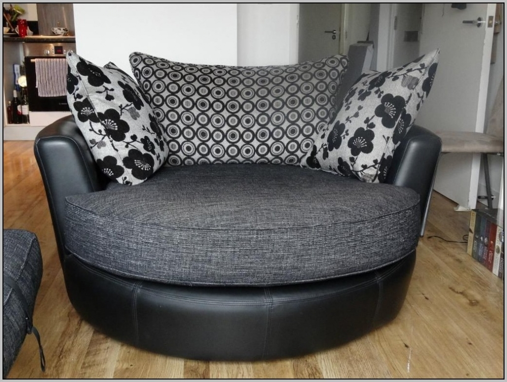 45 Round Living Room Chairs, Living Room Round Loveseat Round Pertaining To Recent Round Sofa Chairs (Gallery 6 of 20)