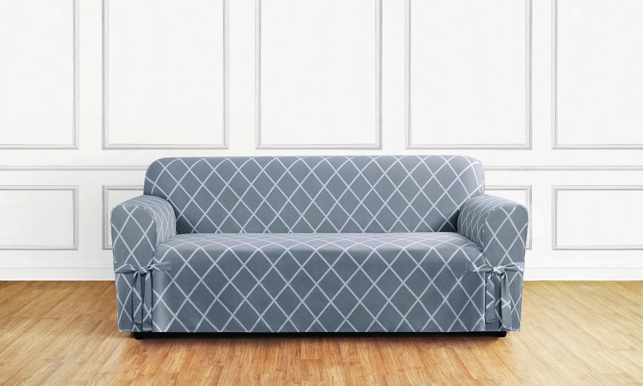 5 Steps To Choosing A Durable Sofa Slipcover – Overstock In Fashionable Slipcovers For Sofas And Chairs (Gallery 4 of 20)