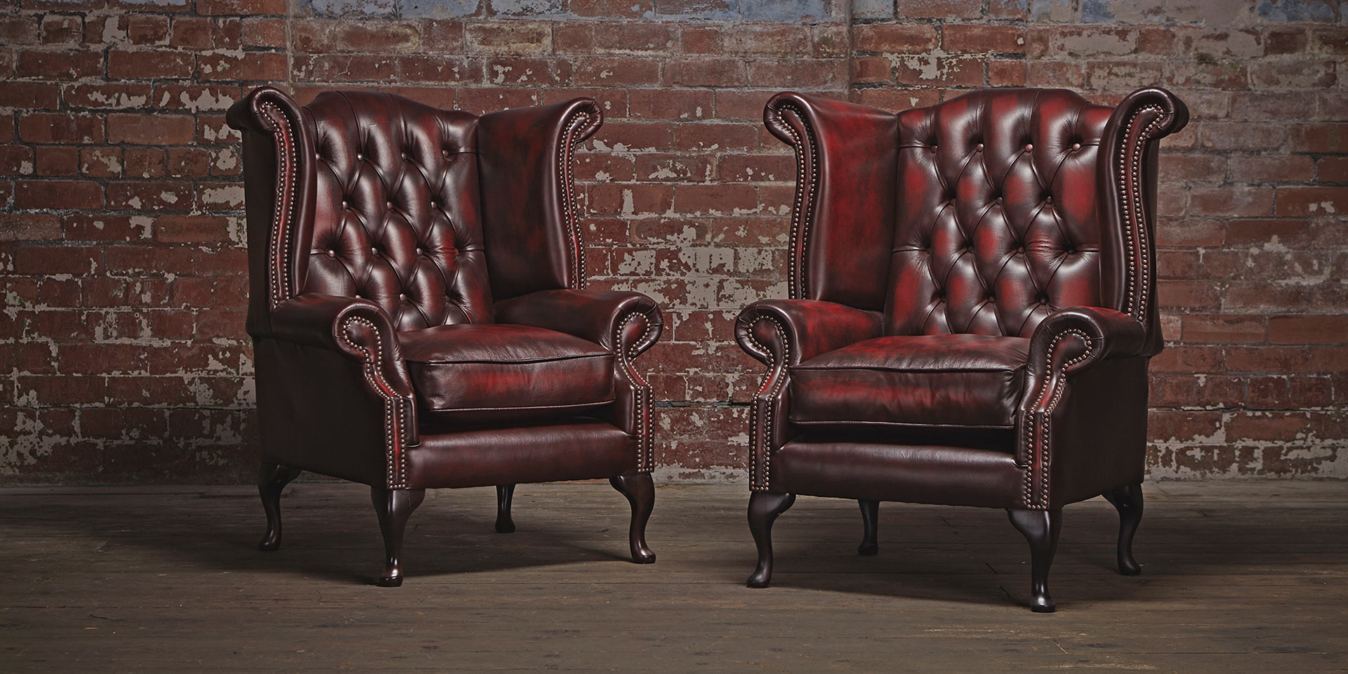 Chesterfield Chair For Rooms' Elegant And Classy Impression (View 13 of 20)