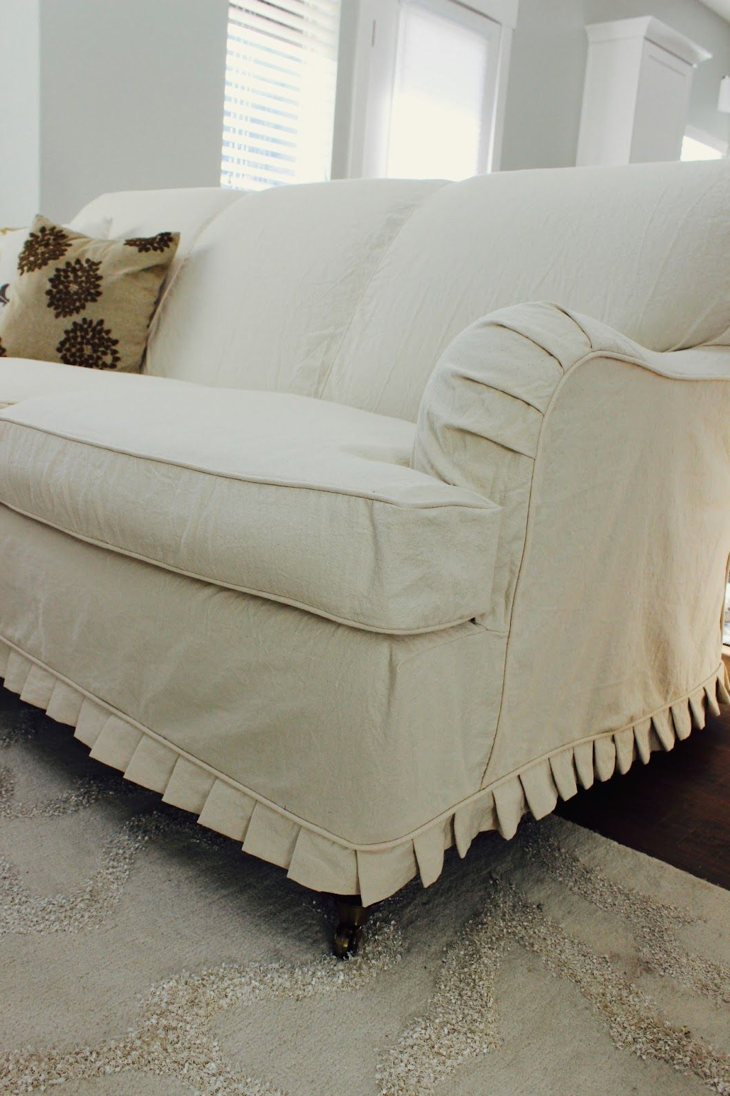 Custom Slipcoversshelley: Cream Duck Cloth Couch (View 6 of 20)