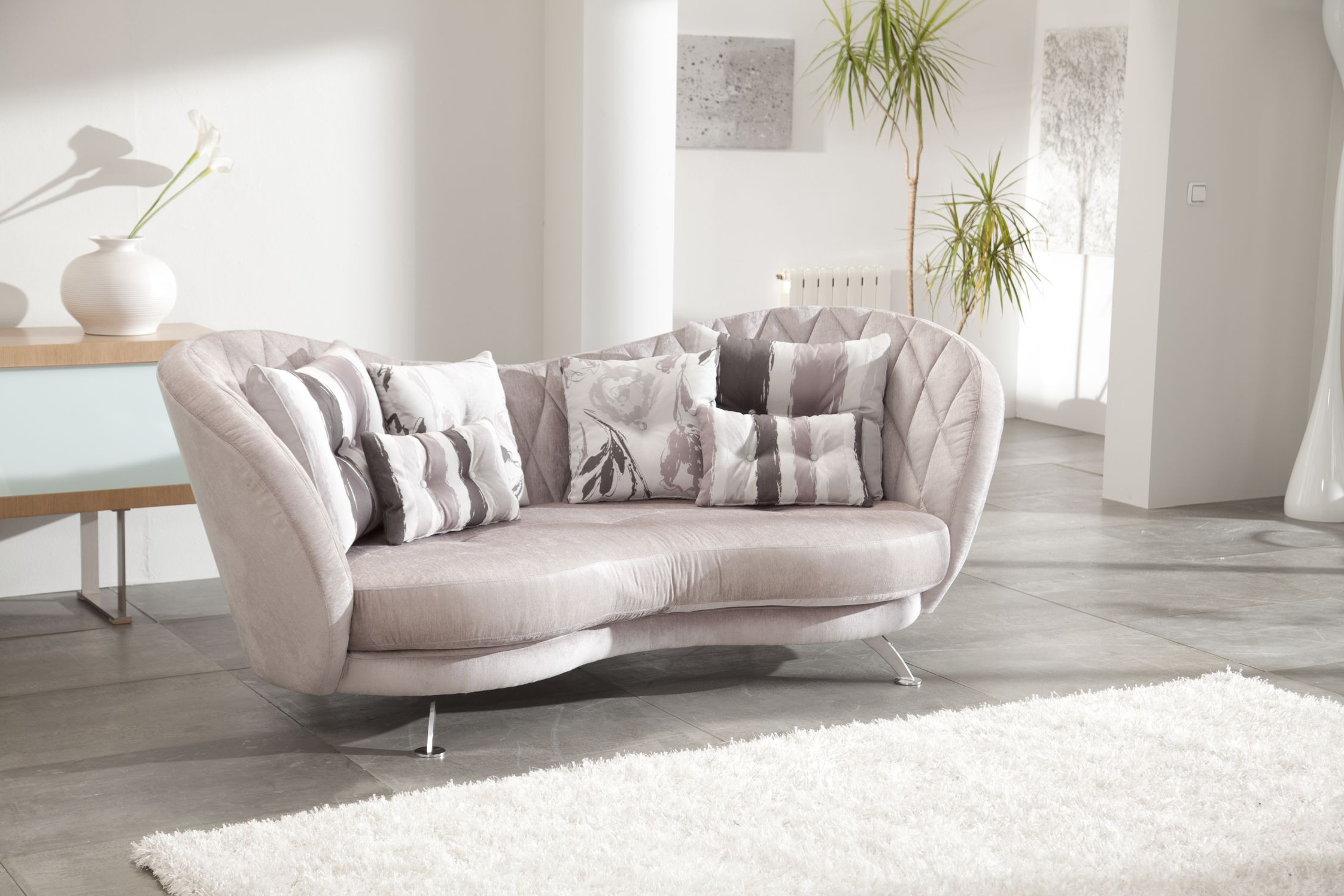 Fama Sofas Pertaining To Most Current Josephine Sofa Chairs (Gallery 17 of 20)