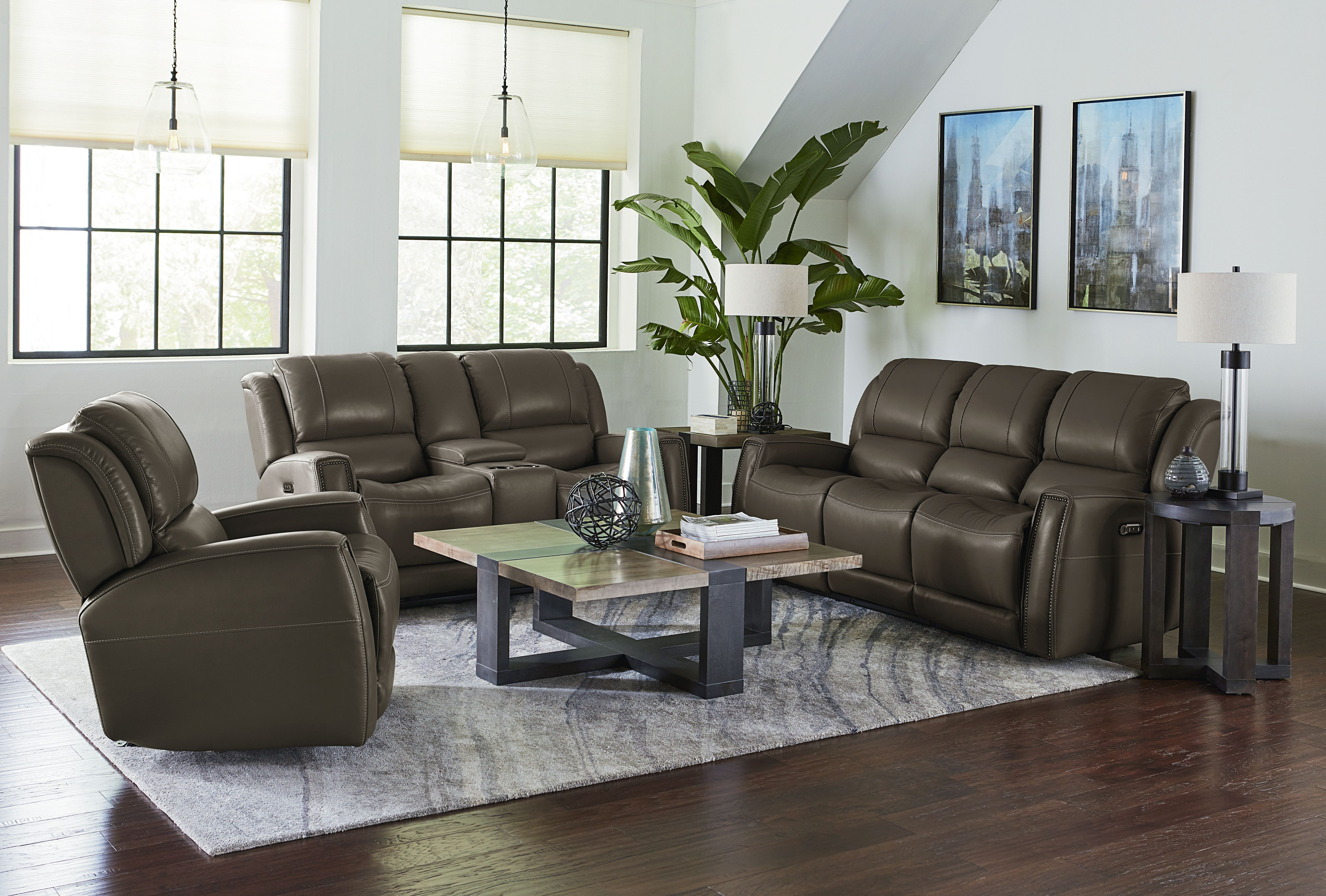 Fashionable Landry Sofa Chairs With Avon Club Chairs & Sofas From Bassett Club Level (View 5 of 20)