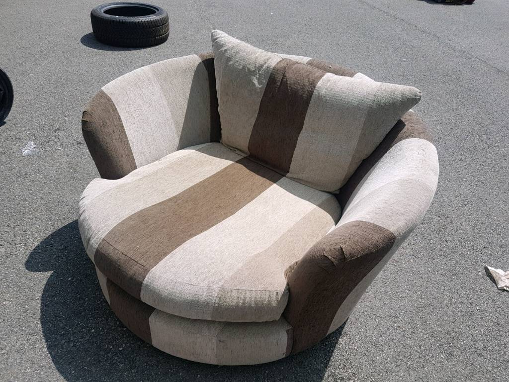 Gumtree Inside Mansfield Beige Linen Sofa Chairs (View 5 of 20)
