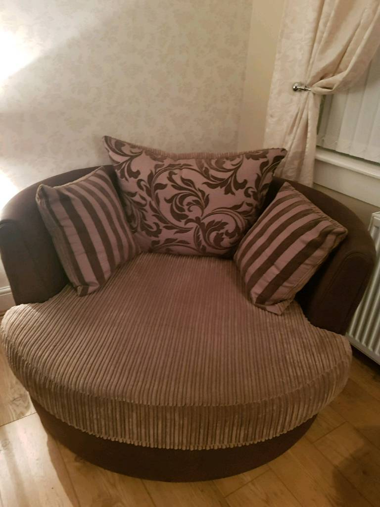 Gumtree Within Well Known Katrina Beige Swivel Glider Chairs (Gallery 20 of 20)