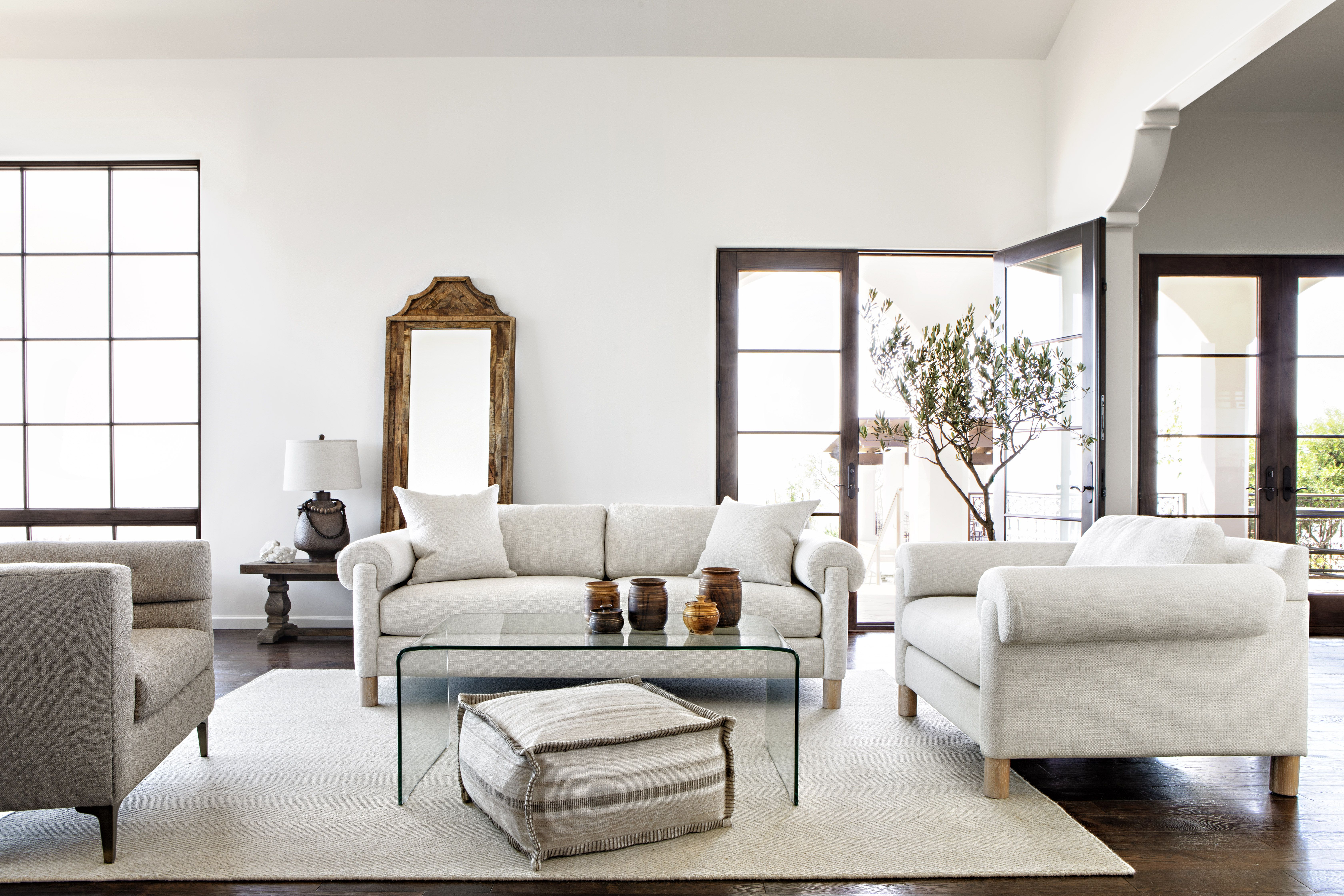 Gwen Sofa Chairs Pertaining To Most Popular The Gwen Sofanate + Jeremiah, A Perfect Mix Of Traditional And (Gallery 18 of 20)