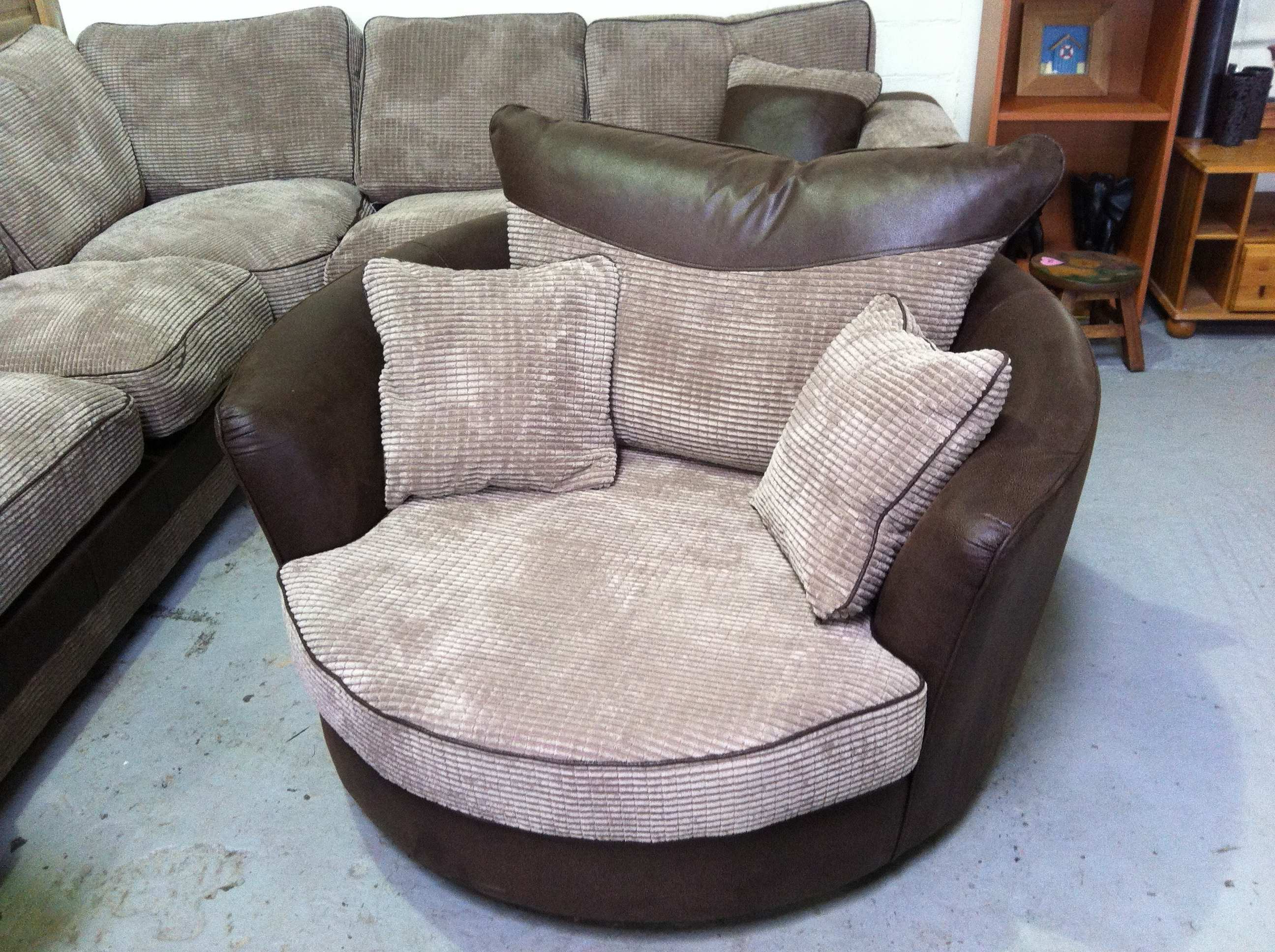Latest Corner Sofa With Cuddle Chair Of Cool Corner Sofa And Cuddle Chair Regarding Corner Sofa And Swivel Chairs (View 19 of 20)