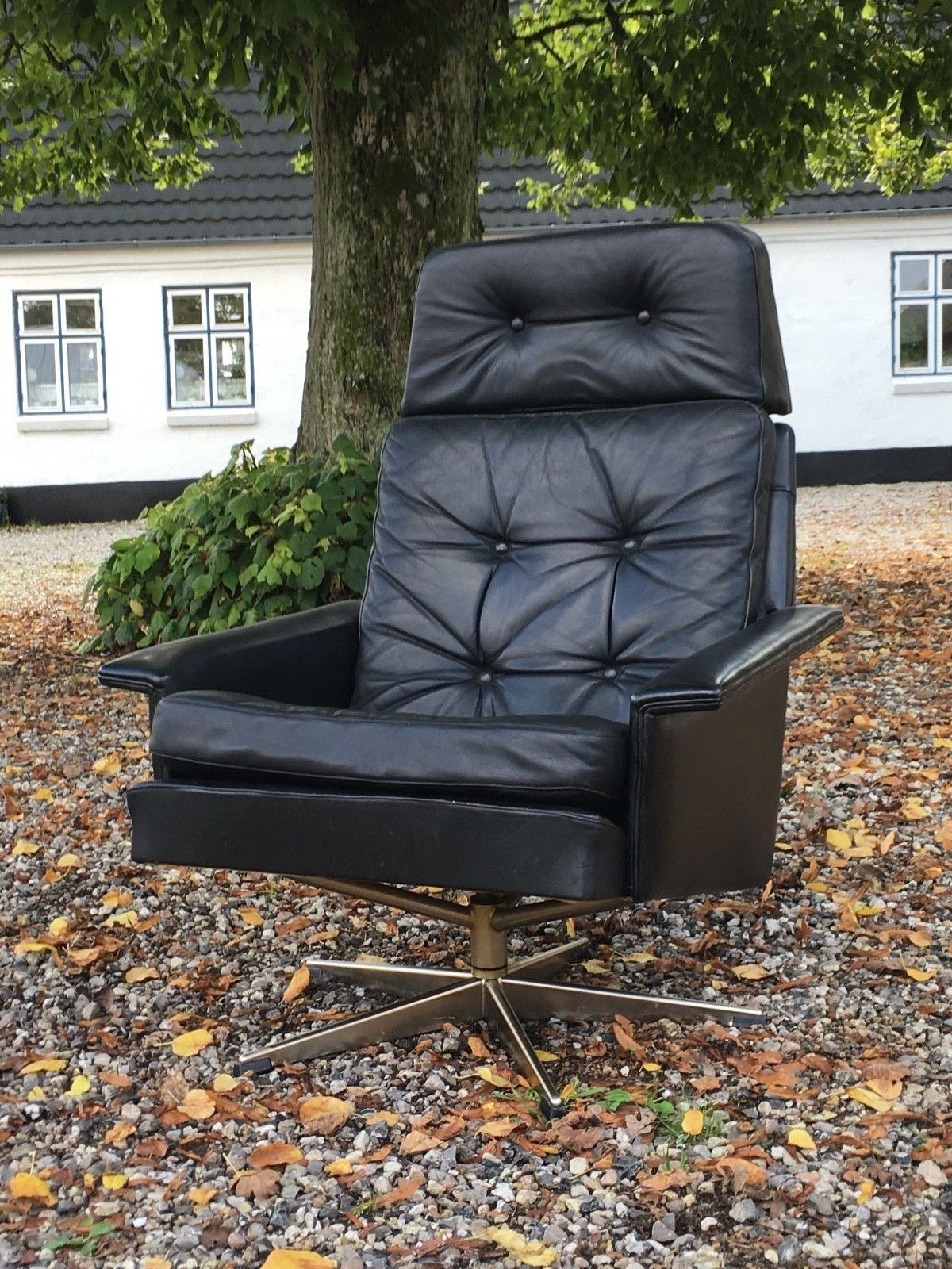 Leather Black Swivel Chairs With Regard To Best And Newest Vintage Mid Century Danish Black Leather Swivel Chair 1960s – Retro (View 19 of 20)