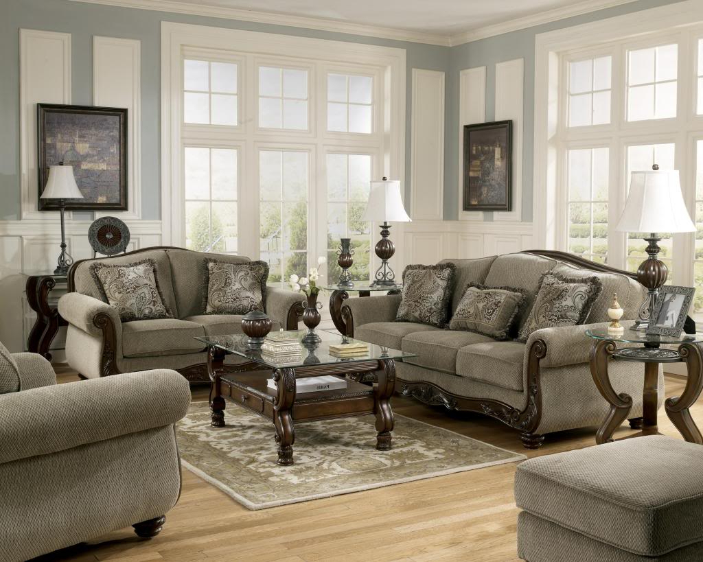 Martinsburg Ashley Tradicional Sofá, Love Seat Y Sillón De 3 Pc For Well Known Living Room Sofas And Chairs (Gallery 1 of 20)