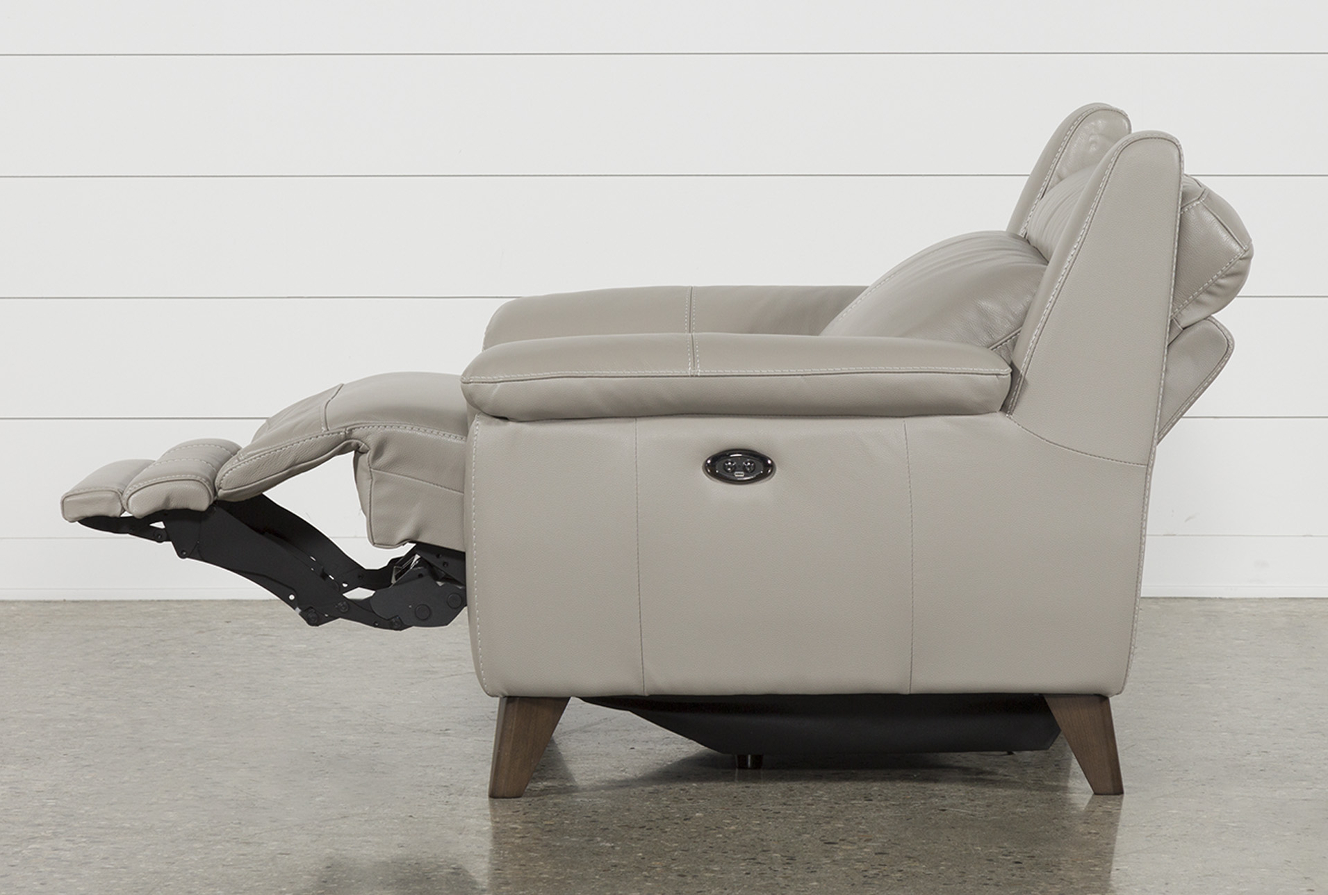 Moana Taupe Leather Power Reclining Sofa Chairs With Usb Within Most Recently Released Moana Taupe Leather Power Reclining Chair With Usb (View 2 of 20)