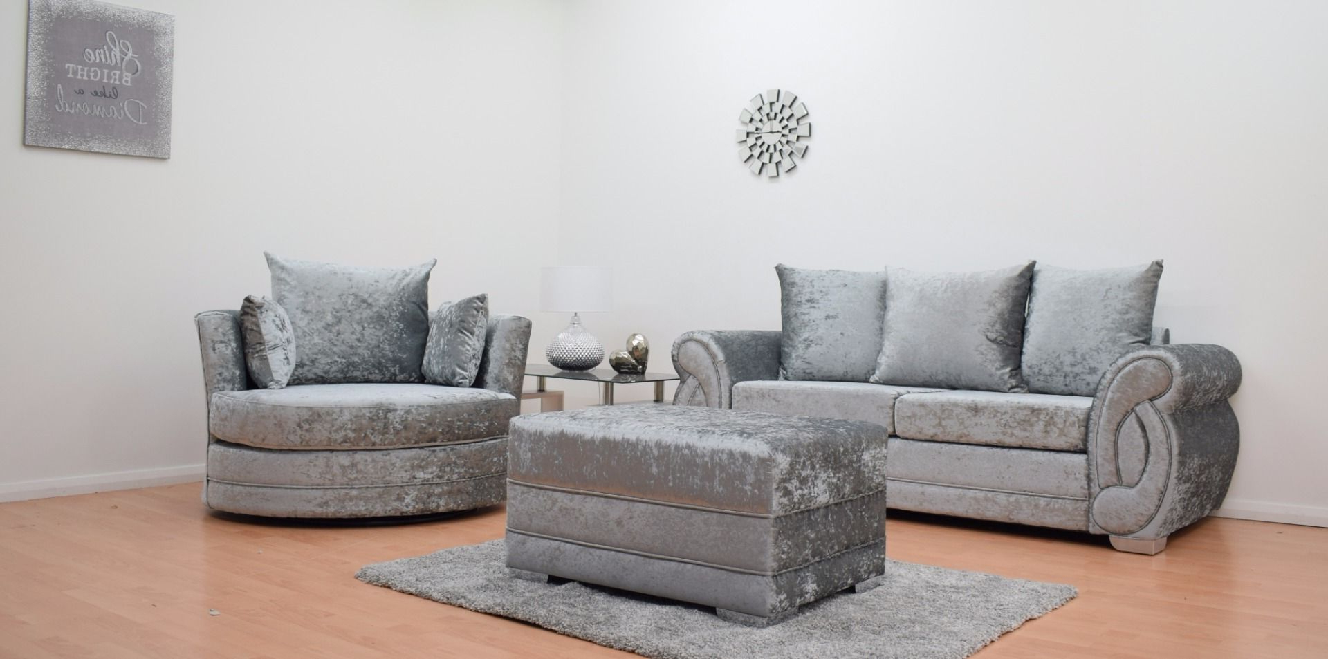 Most Current 3 Seater Sofa And Cuddle Chairs For Furnish (View 7 of 20)