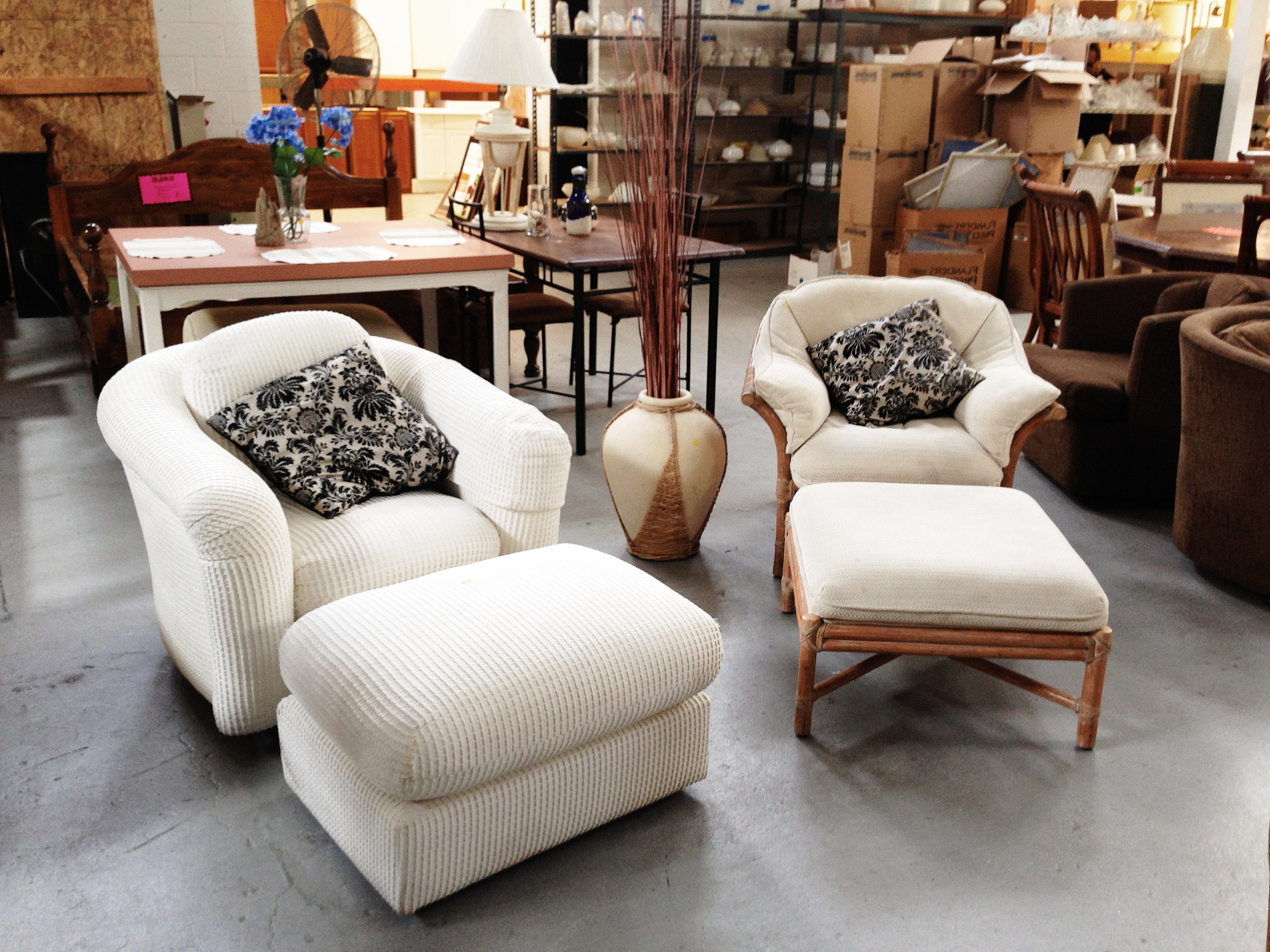 Most Popular Escondido Sofa Chairs For Donate To The Restore (View 10 of 20)