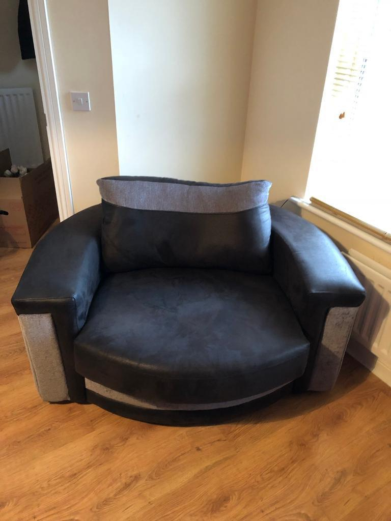 Newest 3 Seater Sofa And Cuddle Chairs Within Mint Condition 3 Seater Sofa, Cuddle Chair And Footstool (Gallery 9 of 20)