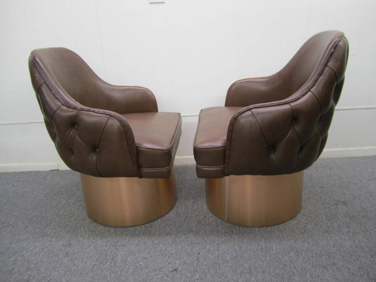 Newest Chocolate Brown Leather Tufted Swivel Chairs Intended For Excellent Set Of Four Milo Baughman Style Tufted Back Leather Swivel (View 7 of 20)
