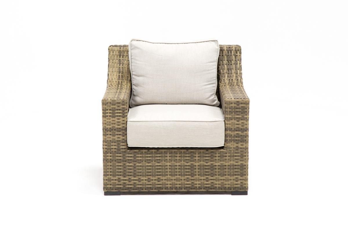 Outdoor Aventura Lounge Chair (View 14 of 20)
