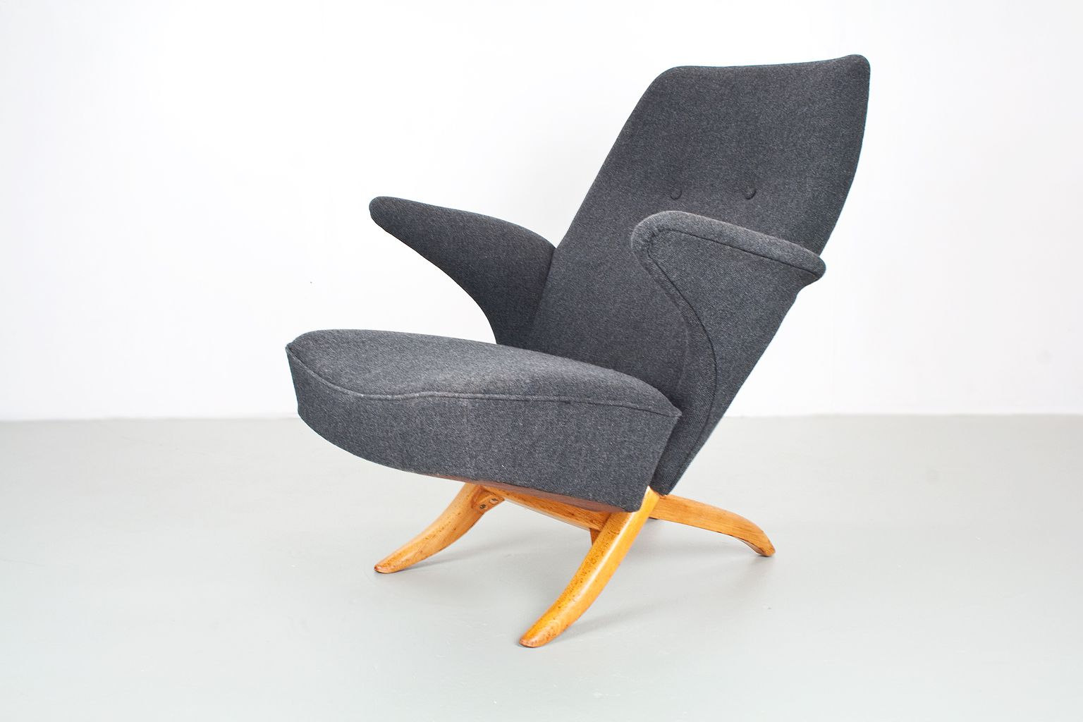 Penguin Lounge Chairtheo Ruth For Artifort, 1950S For Sale At Pamono For Current Theo Ii Swivel Chairs (Gallery 14 of 20)