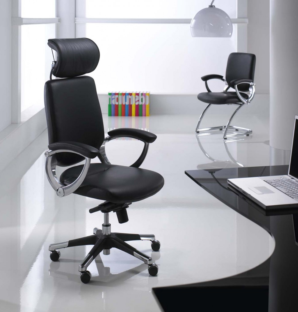 The 7 Types Of Office Chairs – And What They're Made For (Gallery 6 of 20)
