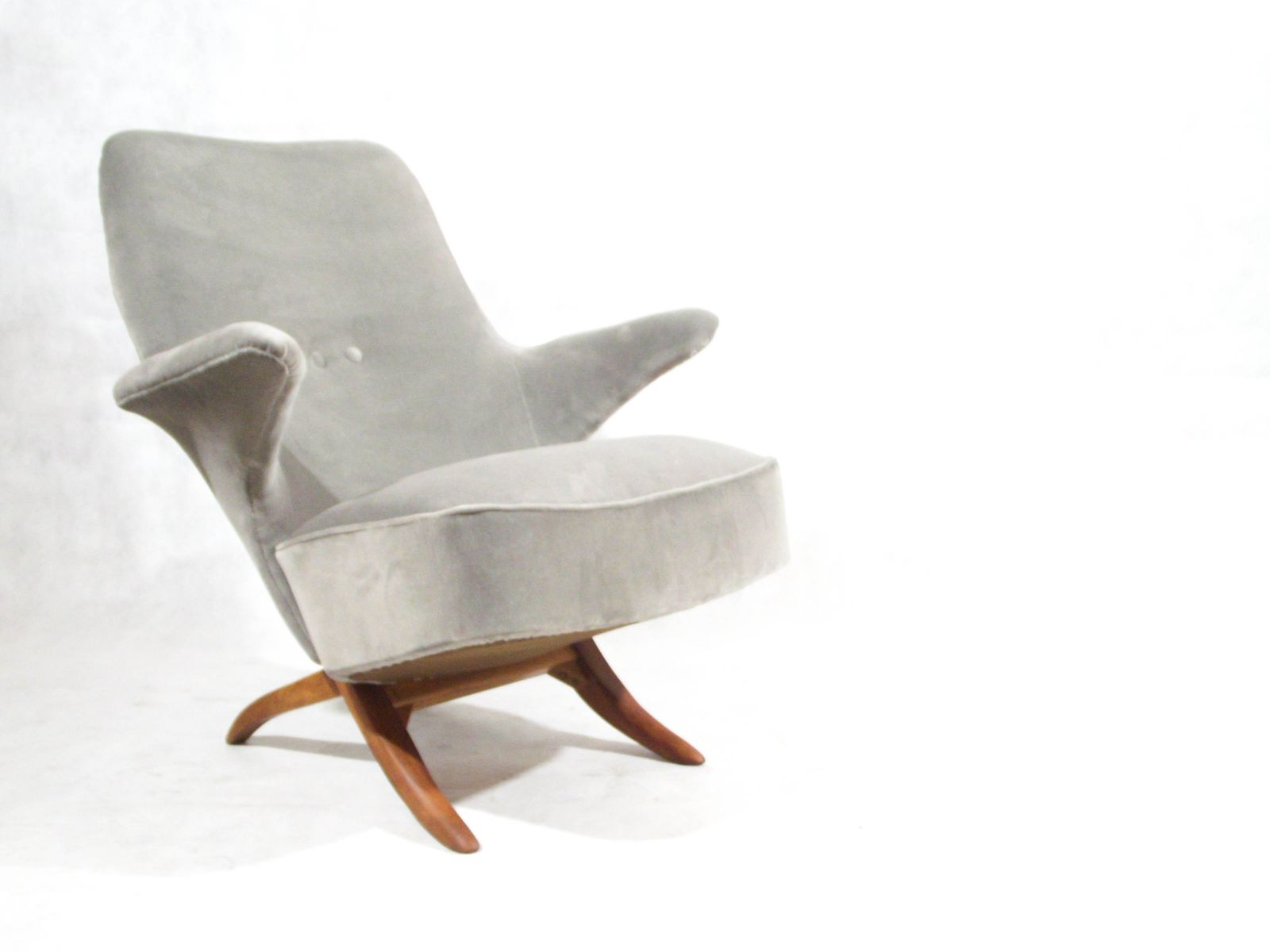 Theo Ii Swivel Chairs Inside Widely Used Mid Century Penguin Lounge Chairtheo Ruth For Artifort For Sale (Gallery 15 of 20)