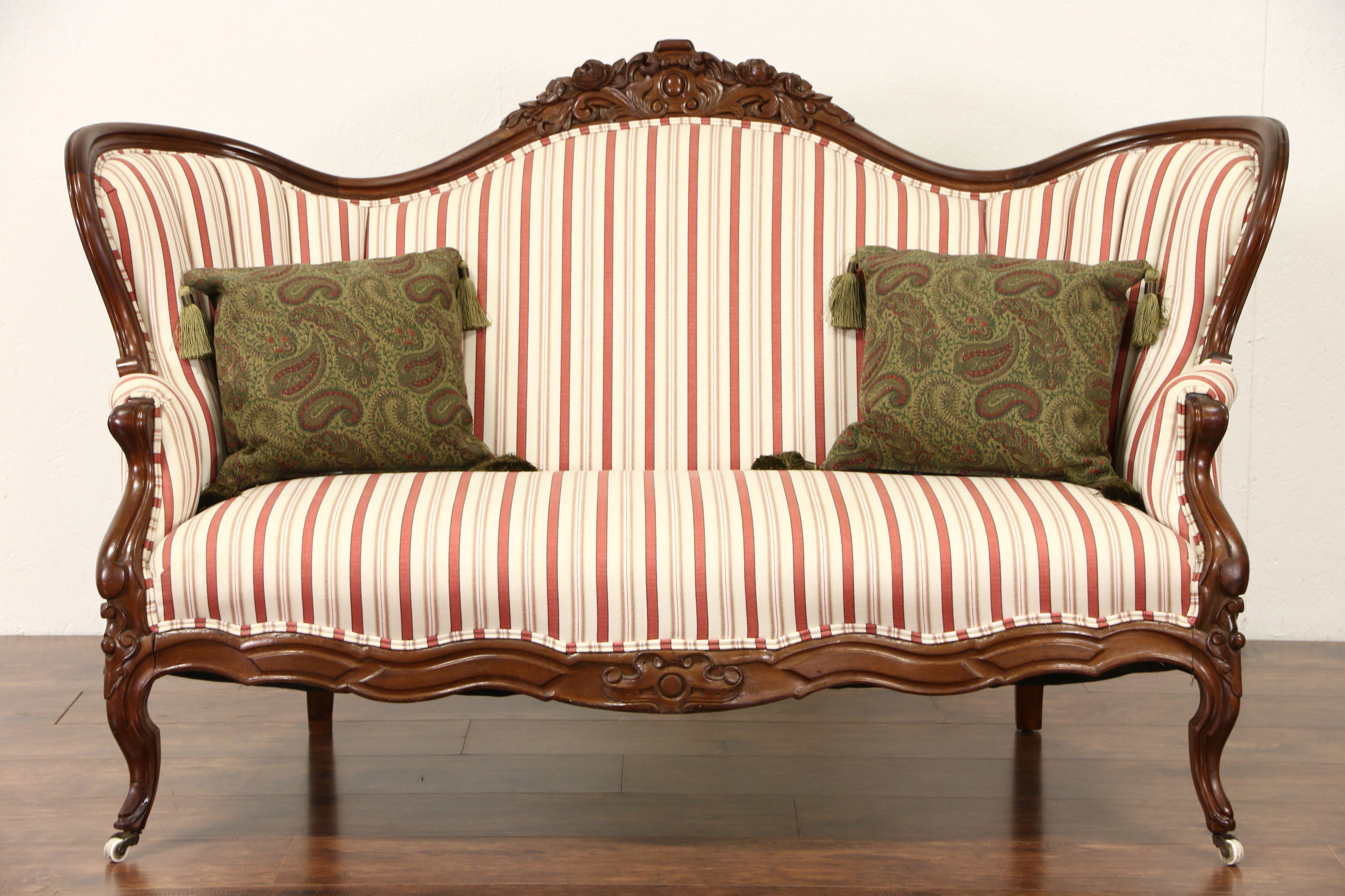 Trendy Style Set Ideas Recliner Sofa And Two Couch Dimensions Rental With Regard To Antique Sofa Chairs (Gallery 14 of 20)