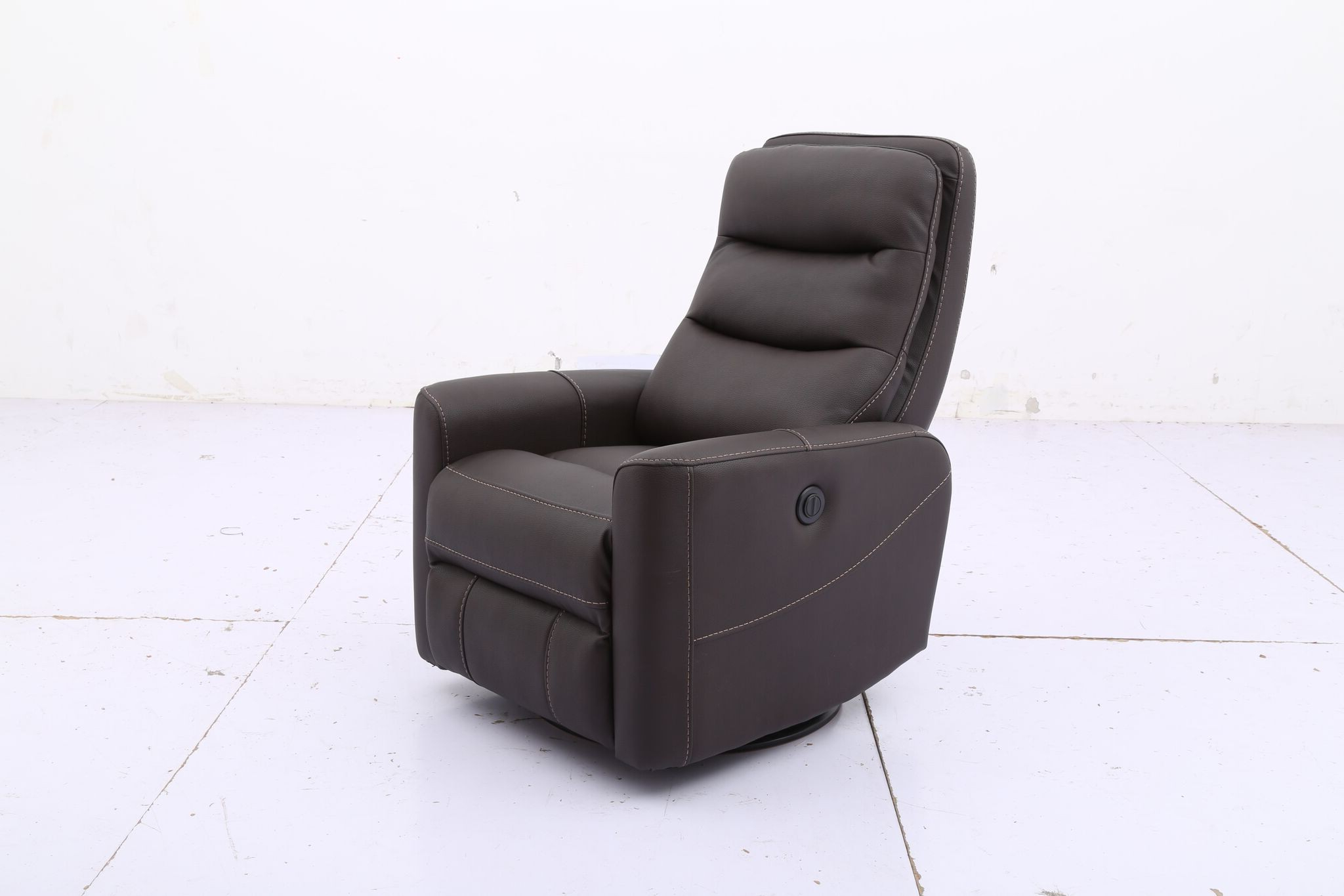 Widely Used Hercules  Chocolate  Swivel Power Recliner With Regard To Hercules Oyster Swivel Glider Recliners (View 20 of 20)