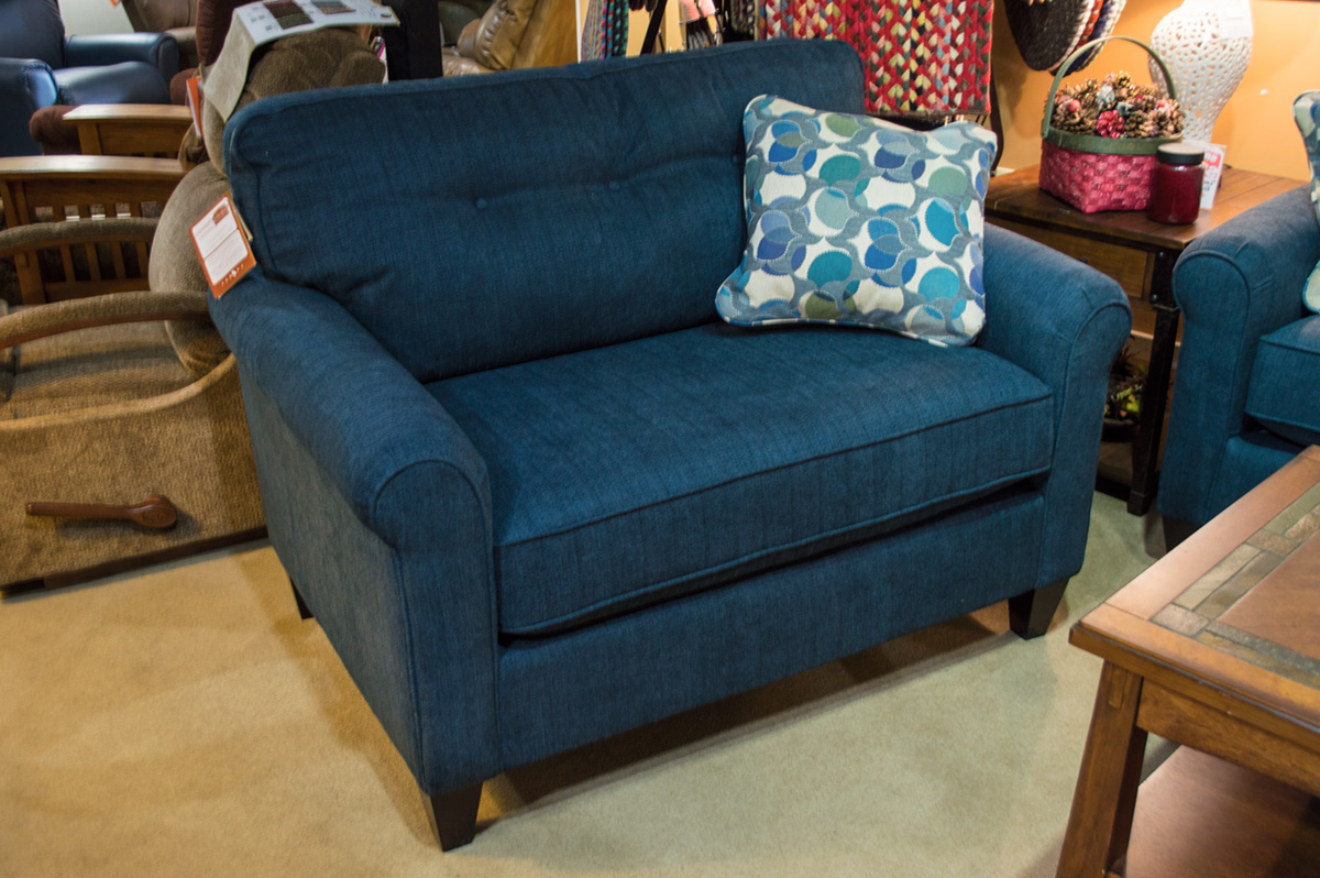 Widely Used La Z Boy – Laurel Chair – Harris Family Furniture For Lazy Boy Sofas And Chairs (View 2 of 20)