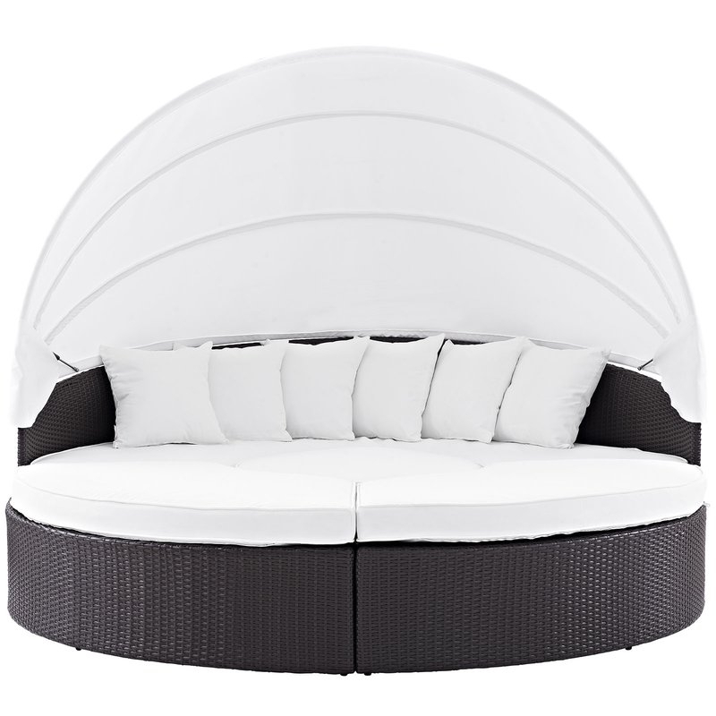 Brentwood Patio Daybeds With Cushions Within Popular Brentwood Patio Daybed With Cushions (Gallery 11 of 20)