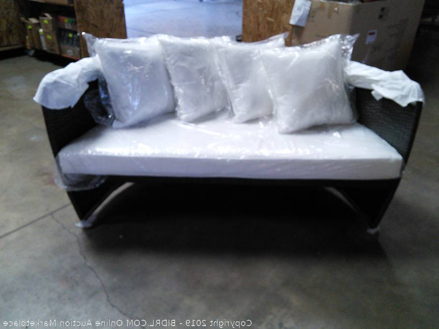 Carrasco Patio Daybeds With Cushions Inside Trendy Bidrl Online Auction Marketplace – Auction: Carrasco (View 15 of 20)