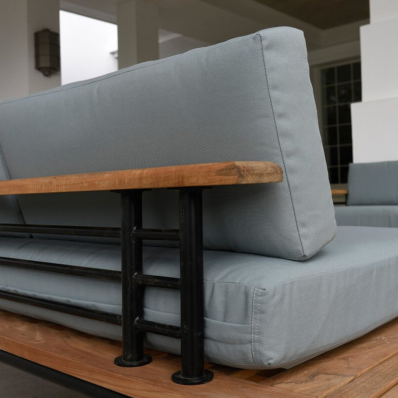 Clary Teak Lounge Patio Daybeds With Cushion Regarding 2020 Clary Teak Lounge Patio Daybed With Cushion (View 8 of 20)