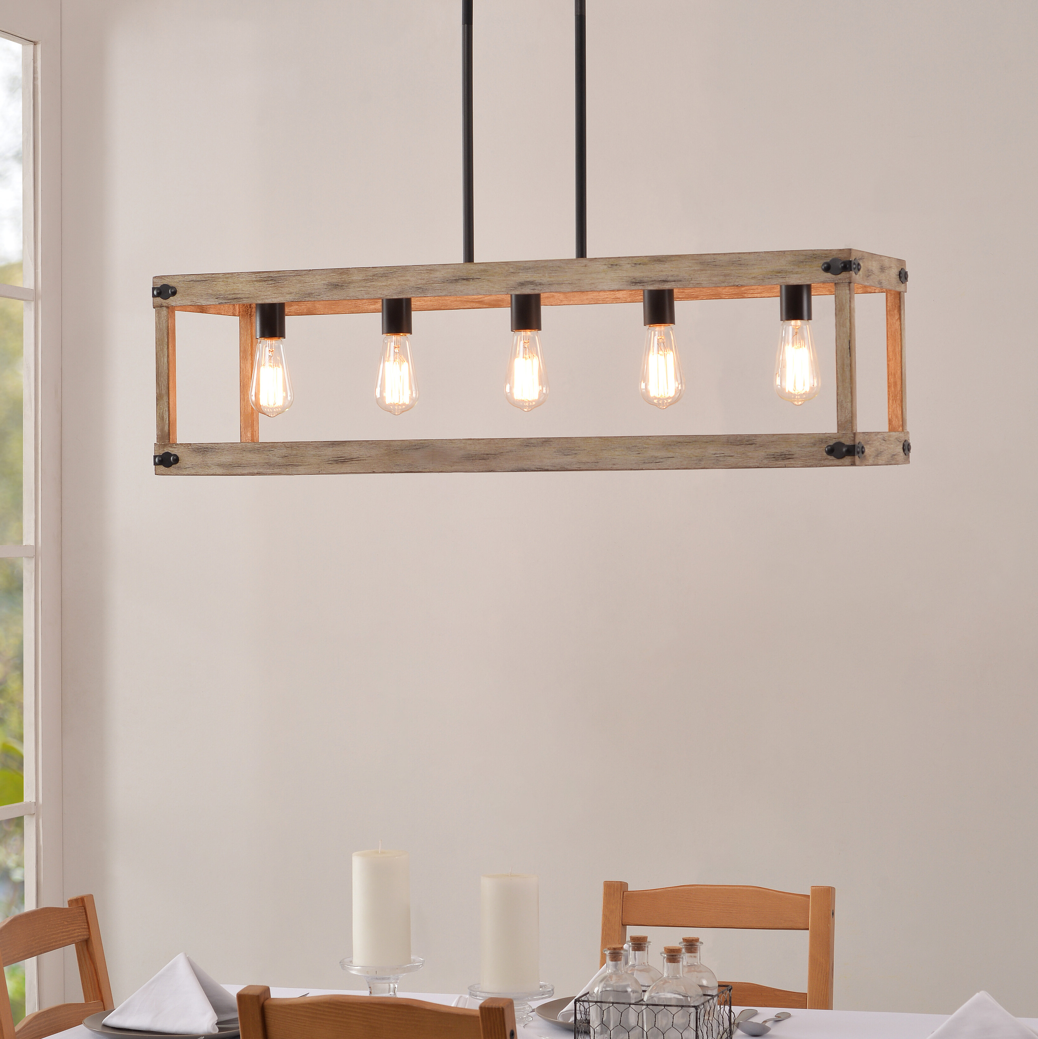 Fashionable Pulver 5 Light Rectangle Chandelier Throughout Ellenton 4 Light Rectangle Chandeliers (Gallery 18 of 20)