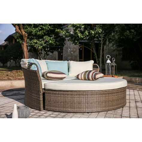 Harlow Patio Daybeds With Cushions Intended For Most Popular Pinterest – Пинтерест (View 13 of 20)