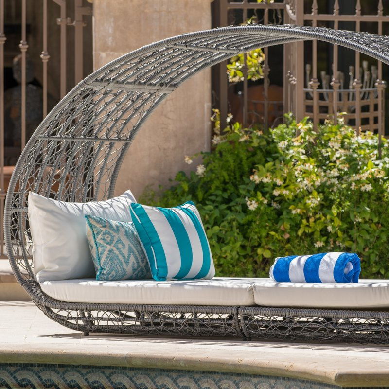 Lavina Outdoor Patio Daybeds With Cushions For Most Popular Lavina Outdoor Patio Daybed With Cushions (View 6 of 20)