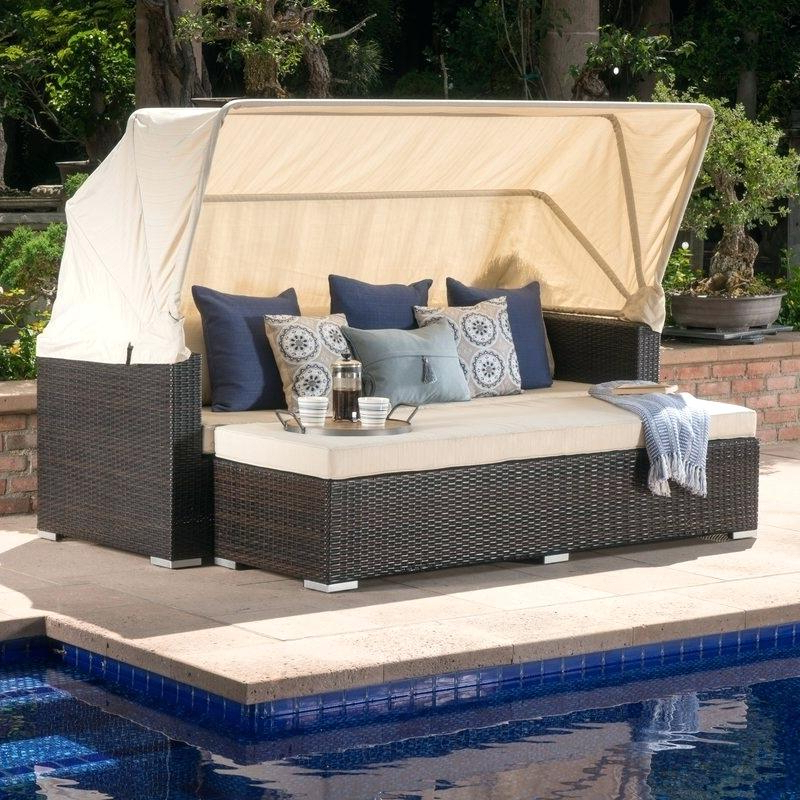 Lavina Outdoor Patio Daybeds With Cushions Intended For Most Recently Released Outdoor Wicker Daybed – Tobycanedy (View 12 of 20)