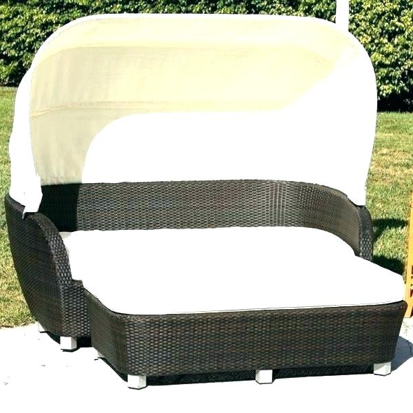 Most Popular Outdoor Wicker Daybed – Jeanalamarr (View 18 of 20)