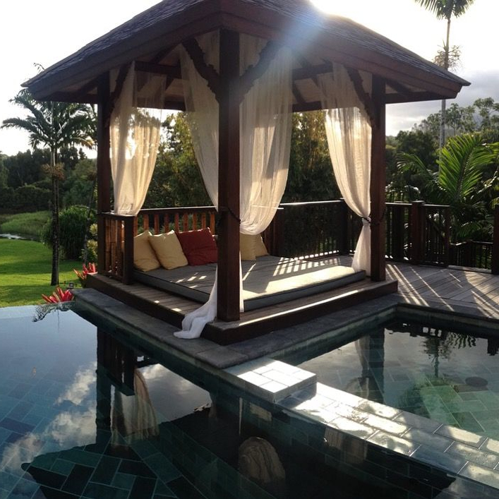 Most Recent A Bali Bed Is An Outdoor Daybed Built On A Platform Usually With Regard To Resort Patio Daybeds (View 12 of 20)