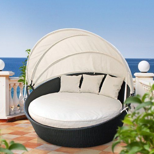 Most Recently Released Brentwood Patio Daybeds With Cushions Pertaining To Brentwood Canopy Outdoor Patio Daybed With Cushions En  (View 18 of 20)