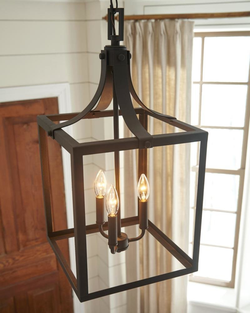 Sherri Ann 3 Light Lantern Pendant Intended For Well Known Tessie 3 Light Lantern Cylinder Pendants (View 13 of 20)