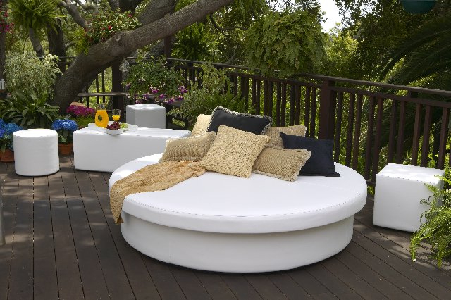 Sunpad Resort Patio Daybed Pertaining To Famous Resort Patio Daybeds (Gallery 5 of 20)