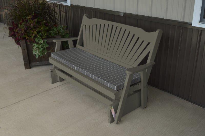 Pine Glider Bench In 4, 5, Or 6 Foot Fanback Style Intended For Popular Fanback Glider Benches (View 10 of 21)