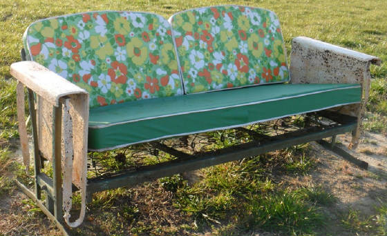 Preferred Aluminum Glider Benches With Cushion In Metal Vintage Cushioned Porch Gliders,old Metal Gliders (View 9 of 20)
