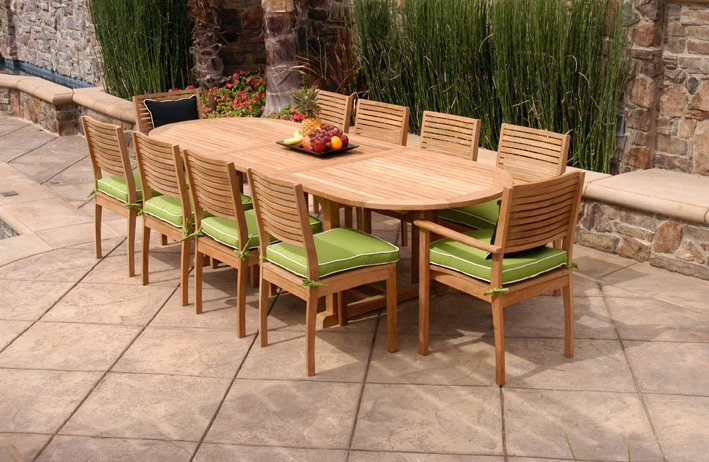 Dua Sayap Throughout Preferred Walnut Solid Wood Garden Benches (View 17 of 20)