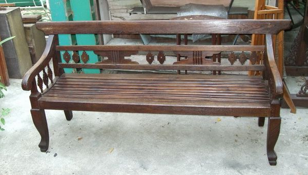 Famous Pauls Steel Garden Benches With Regard To Paul's Antiques – Antique Garden Bench (View 9 of 20)