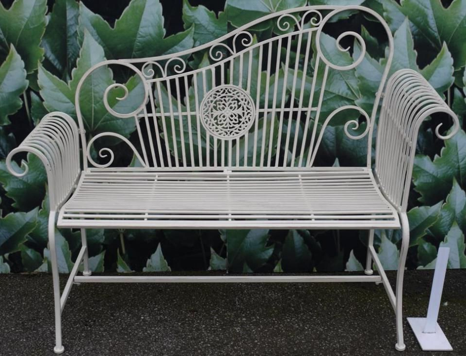 Newest Wrought Iron Garden Bench (View 18 of 20)