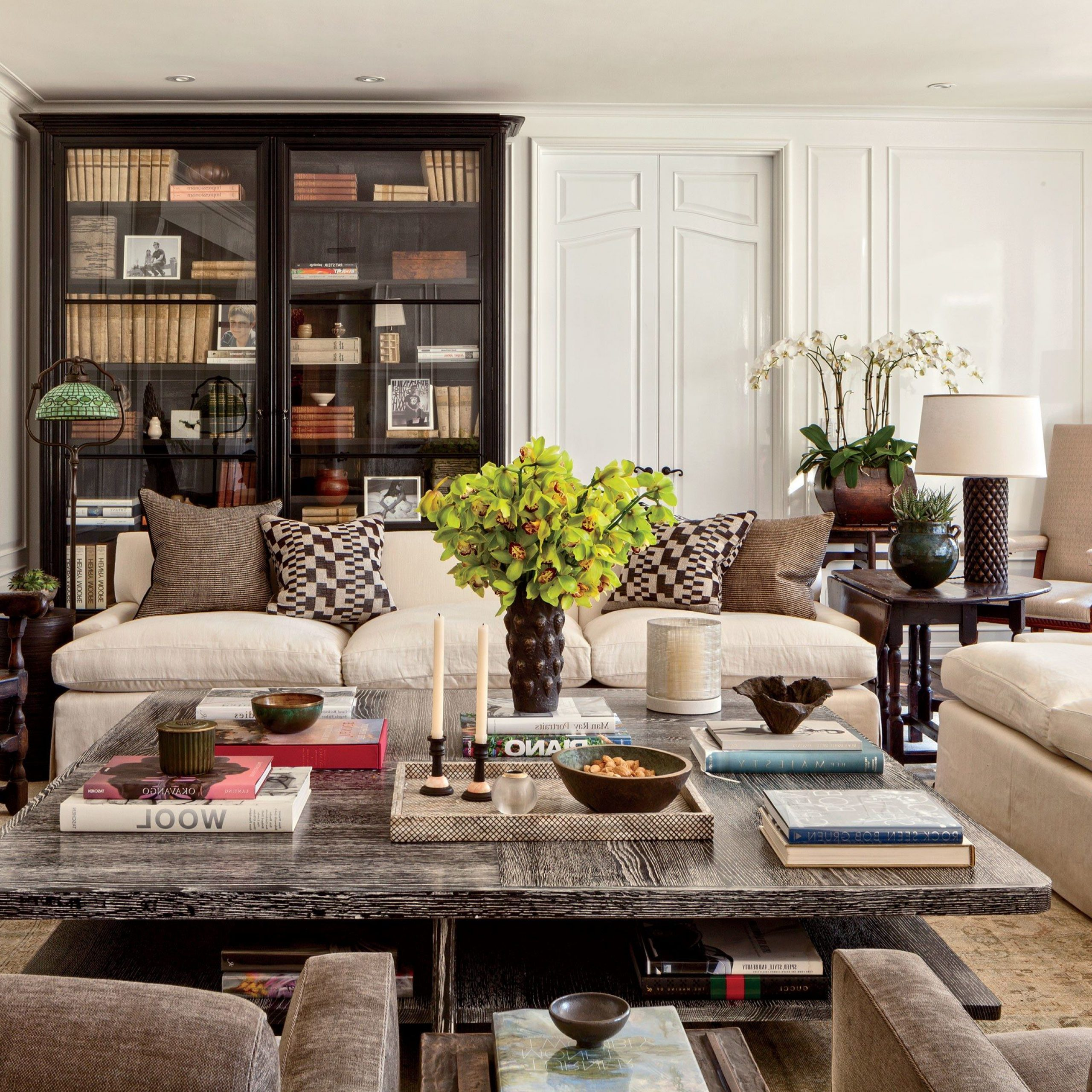 Well Known Look Inside Some Of Designer Sandy Gallin's Most Coveted Within Gallin Wingback Chairs (View 11 of 20)