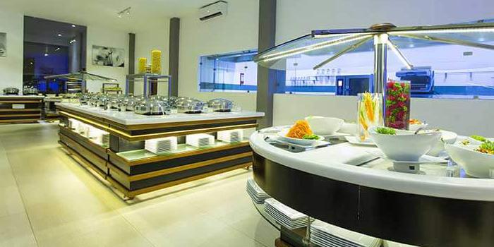 Favorite Aliya Sideboards Regarding Somak Luxury Travel (View 4 of 20)