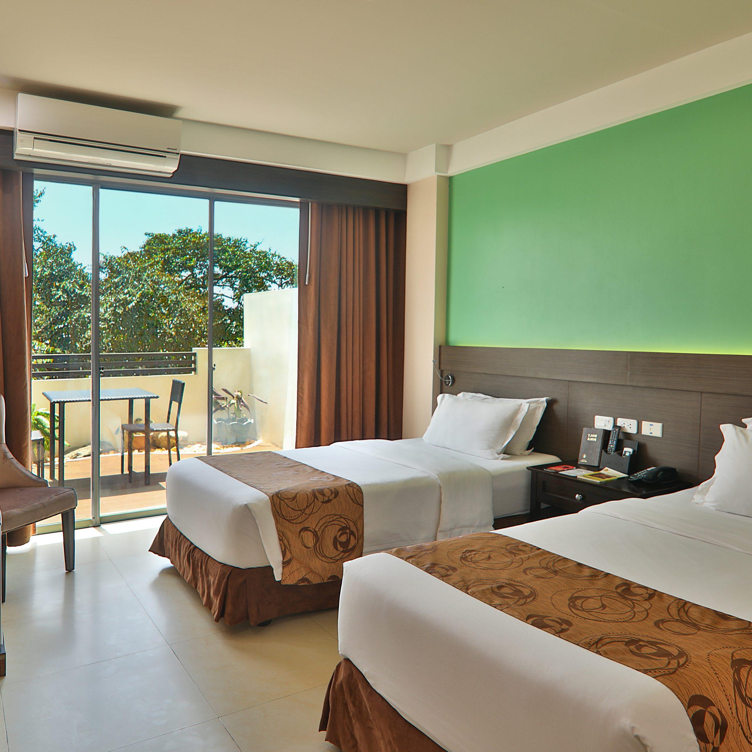Popular Deluxe Twin – Kew Hotel – Tagbilaran Throughout Merryman (View 4 of 6)